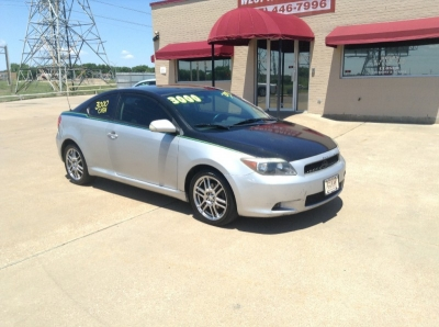 2005 Scion tC 3dr HB automatic 2750 Cash