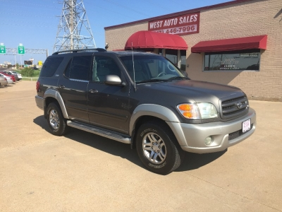 2003 Toyota Sequoia 4dr SR5 3rd row/Sunroof 4500 Cash