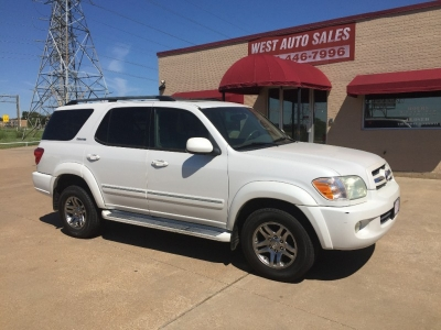 2005 Toyota Sequoia 4dr Limited sunroof/3rd row/ leather  7000 Cash