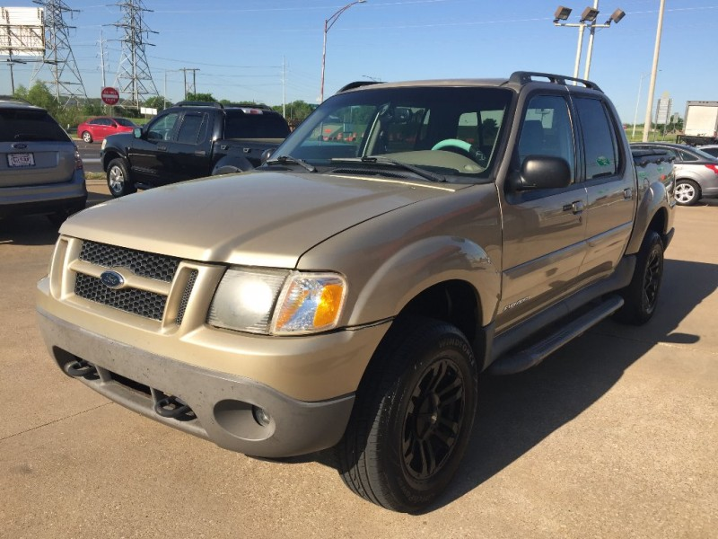 Ford Explorer Sport Trac 2002 price $5,000 Cash