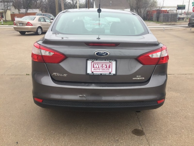 Ford Focus 2013 price $5,500 Cash