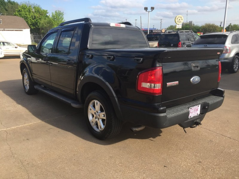 Ford Explorer Sport Trac 2007 price $8,000 Cash