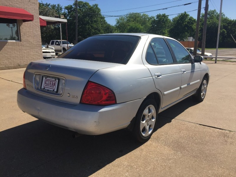 Nissan Sentra 2005 price $2,450 Cash