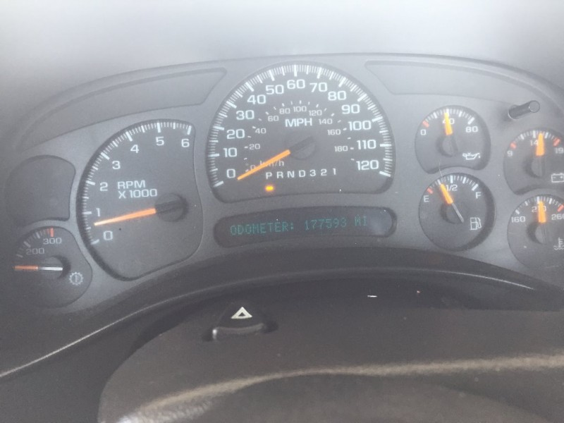 Chevrolet Silverado 2500HD 2007 price $5,500 Cash
