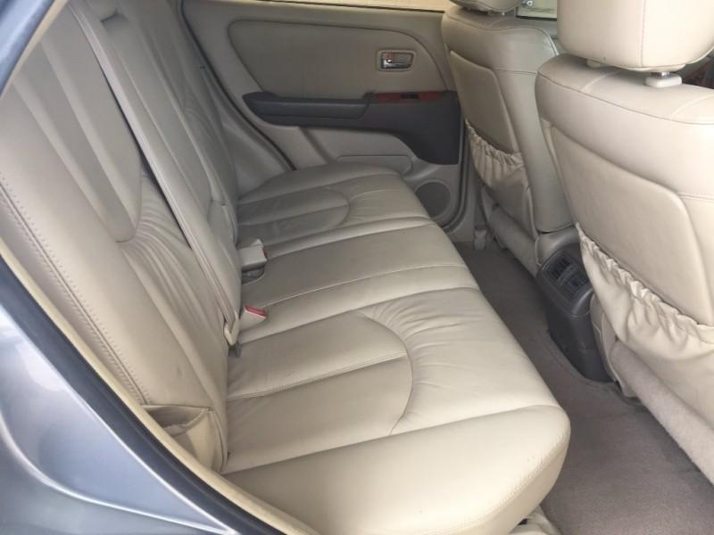 Lexus RX 300 2002 price $5,000 Cash