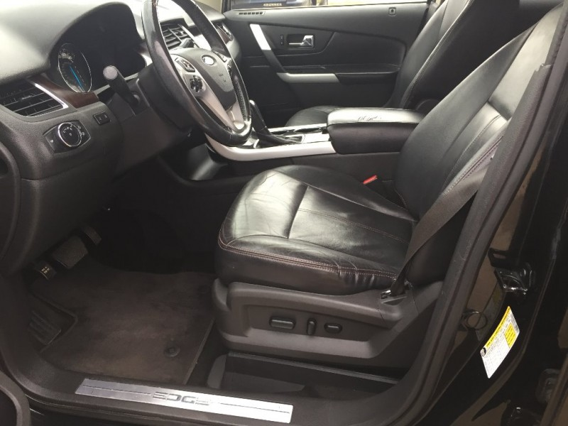 Ford Edge 2011 price $8,000 Cash