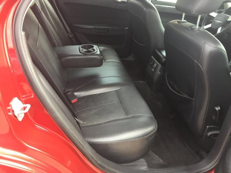 Chrysler 300 2010 price $5,500 Cash