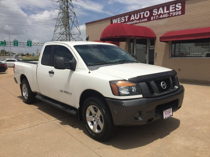 Nissan Titan 2008 price $5,000 Cash
