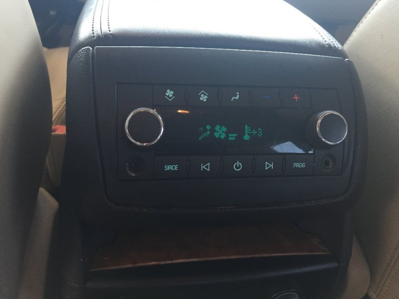 Buick Enclave 2010 price $7,000 Cash