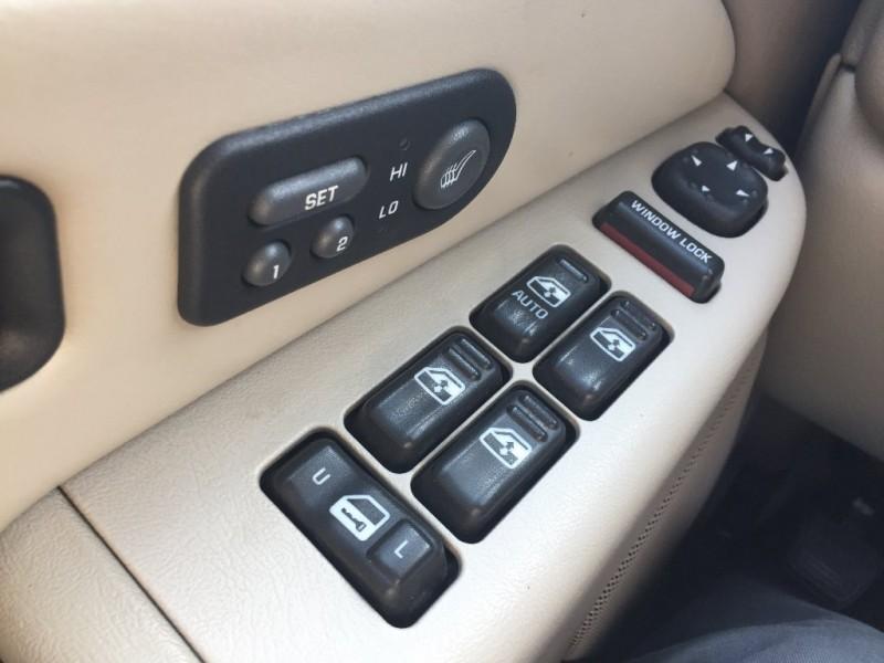 Chevrolet Suburban 2002 price $4,500 Cash
