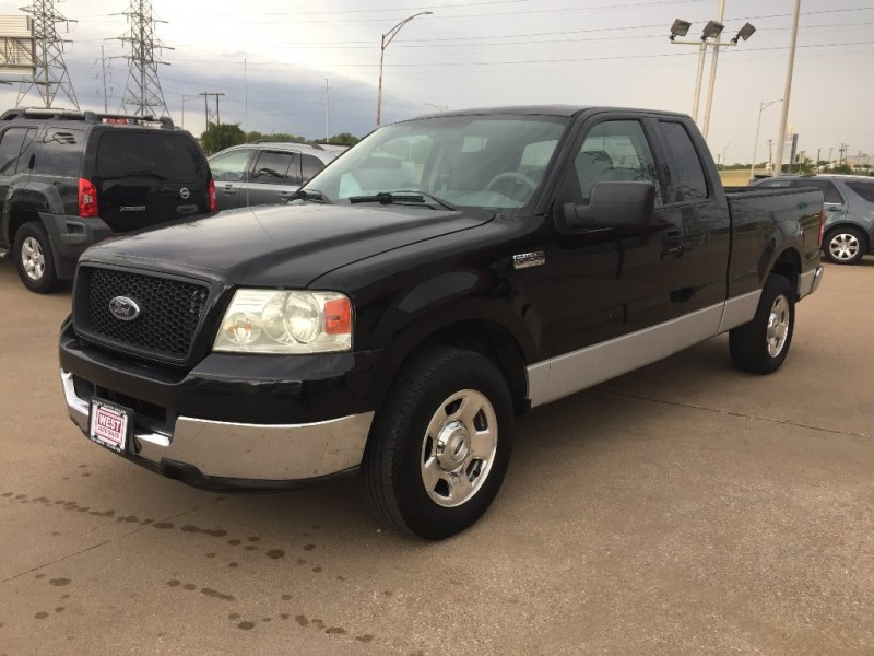Ford F-150 2004 price $5,250 Cash