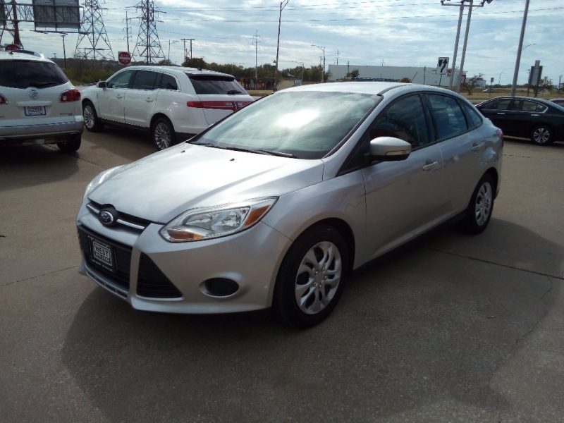 Ford Focus 2013 price $5,000 Cash