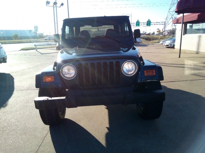 Jeep Wrangler 2002 price $7,500 Cash