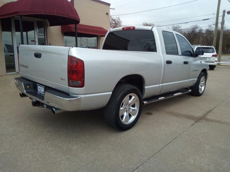 Dodge Ram 1500 2004 price $6,000 Cash