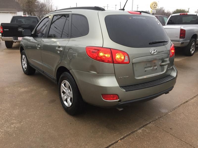 Hyundai Santa Fe 2009 price $5,500 Cash