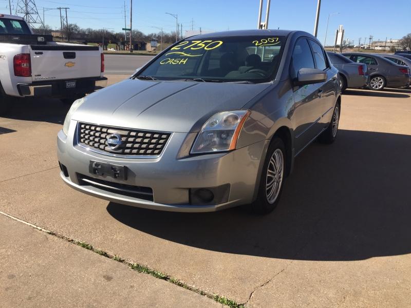 Nissan Sentra 2007 price $2,750 Cash
