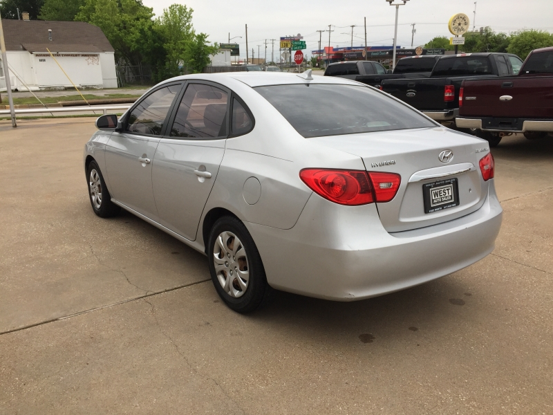 Hyundai Elantra 2010 price $5,000 Cash