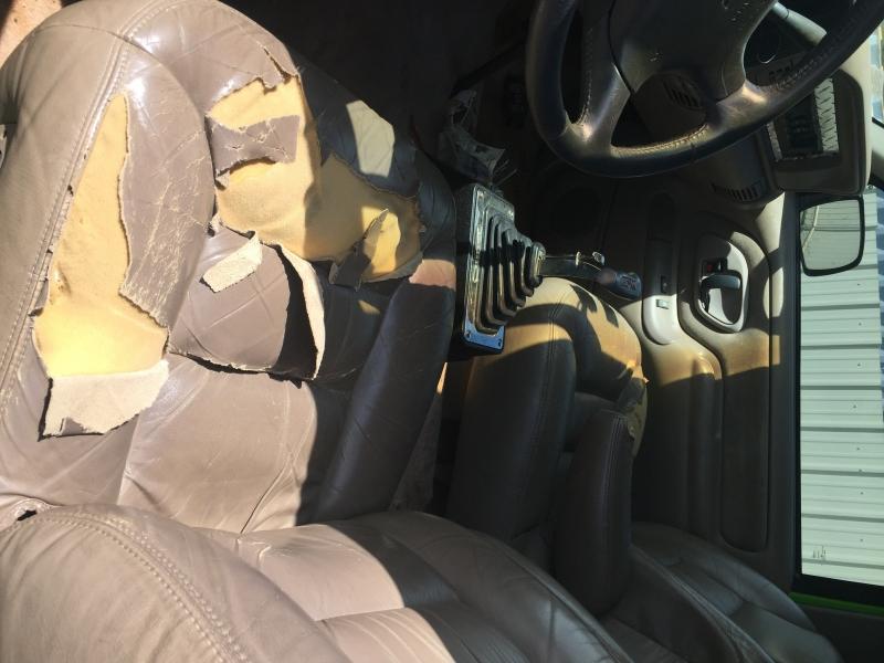 Chevrolet Suburban 1997 price $10,000 Cash