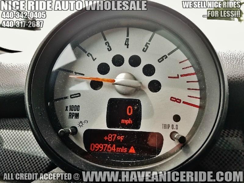 Mini Cooper Clubman 2012 price $7,500
