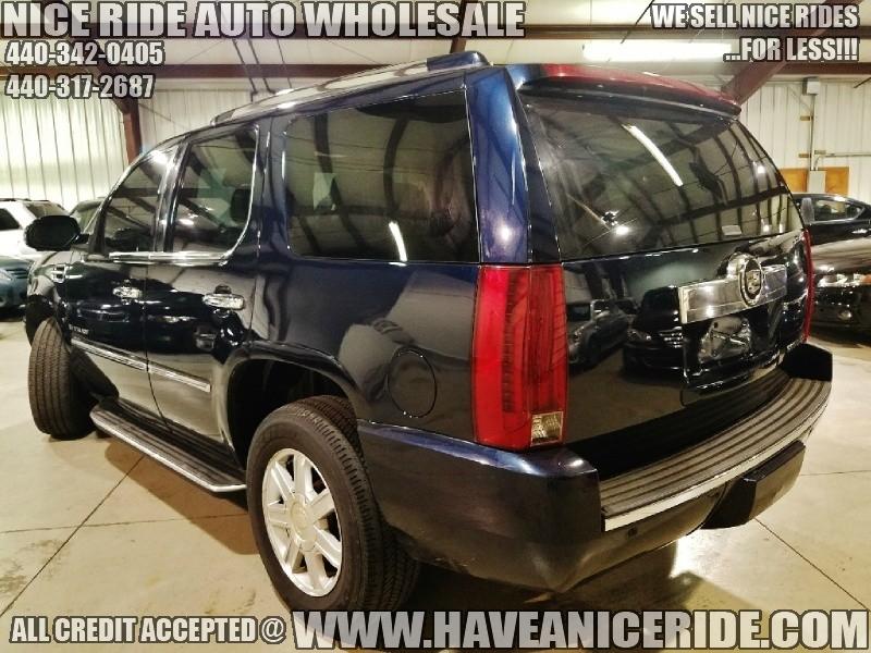 Cadillac Escalade 2007 price $11,850