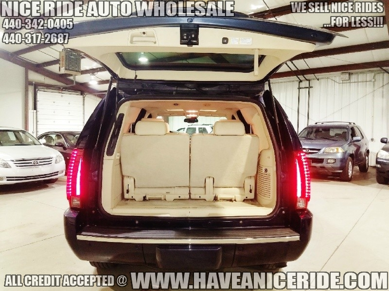 Cadillac Escalade 2007 price $11,950