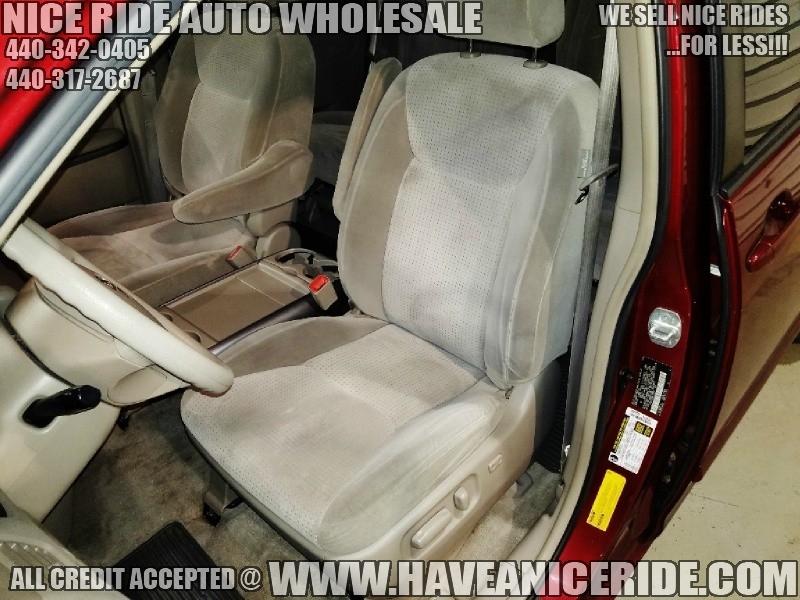 Toyota Sienna 2008 price $6,900