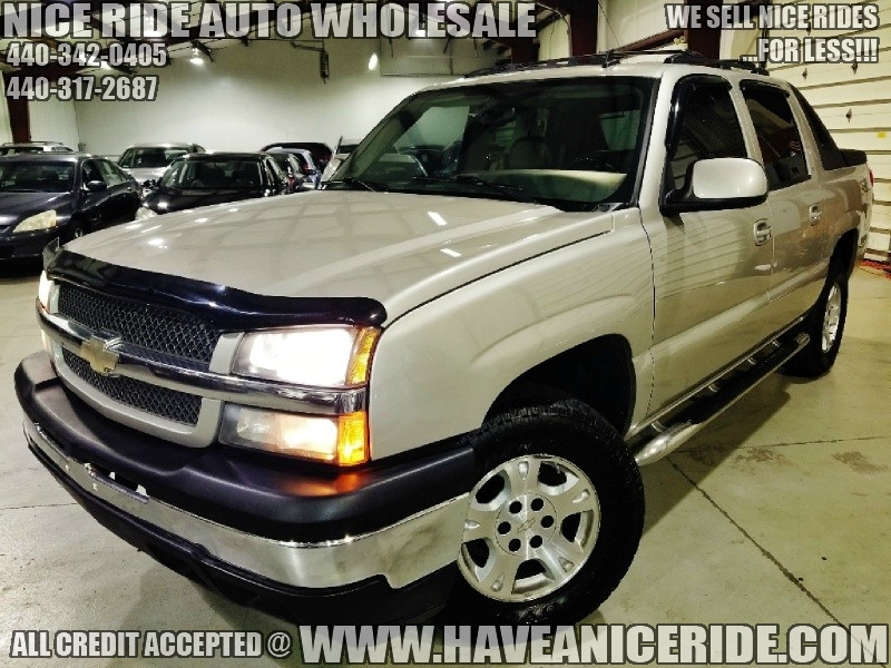 Chevrolet Avalanche 2006 price $8,950
