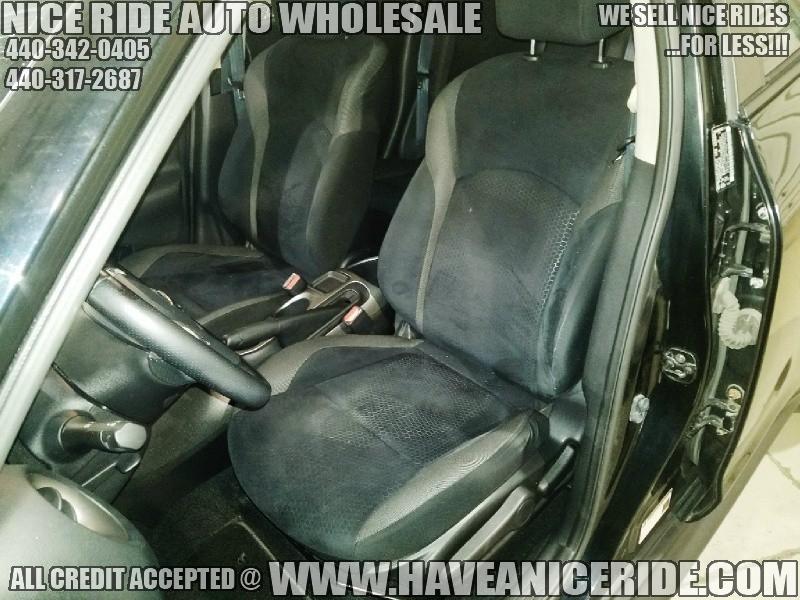 Nissan JUKE 2011 price $6,900