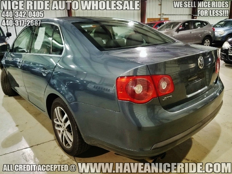 Volkswagen Jetta Sedan 2006 price $4,350
