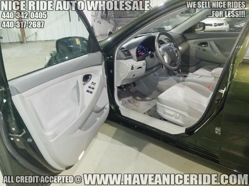 Toyota Camry 2011 price $9,300