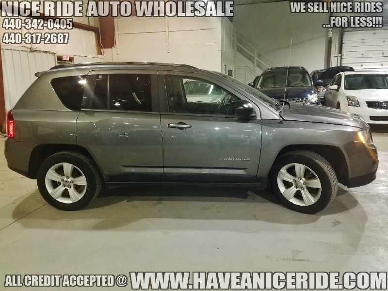 Jeep Compass 2011 price $7,950