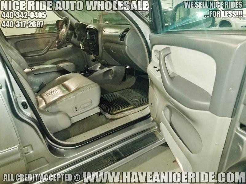 Toyota Sequoia 2004 price $6,450
