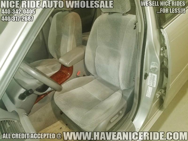 Toyota Camry 2003 price $3,450