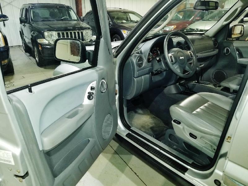 Jeep Liberty 2007 price $6,450