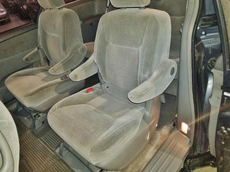 Toyota Sienna 2007 price $4,950
