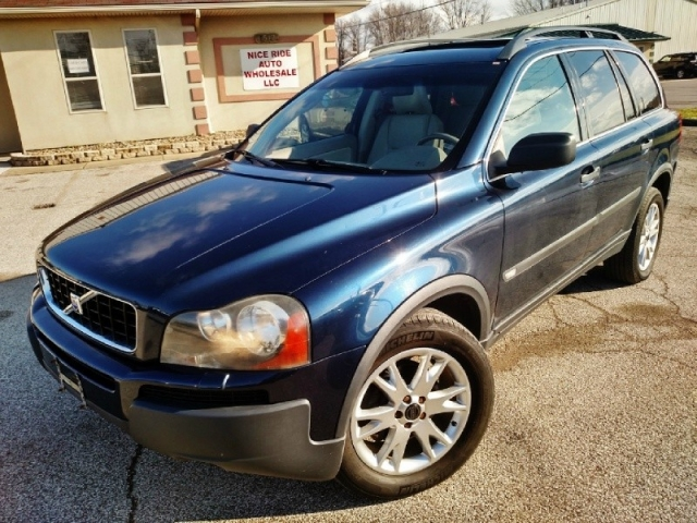 2004 volvo xc90 4dr 2 9l twin turbo awd w 3rd row cars. Black Bedroom Furniture Sets. Home Design Ideas