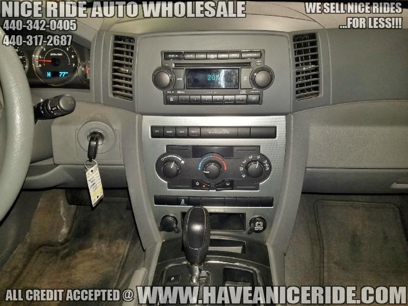 Jeep Grand Cherokee 2007 price $6,990