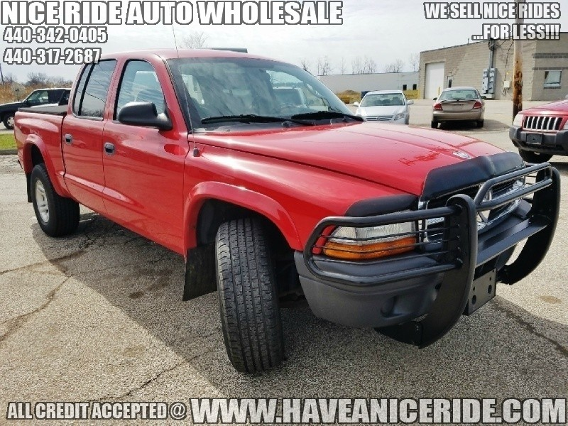 2004 dodge dakota quad cab 4wd sxt no rust perfectly maintained cars for sale in ohio have. Black Bedroom Furniture Sets. Home Design Ideas