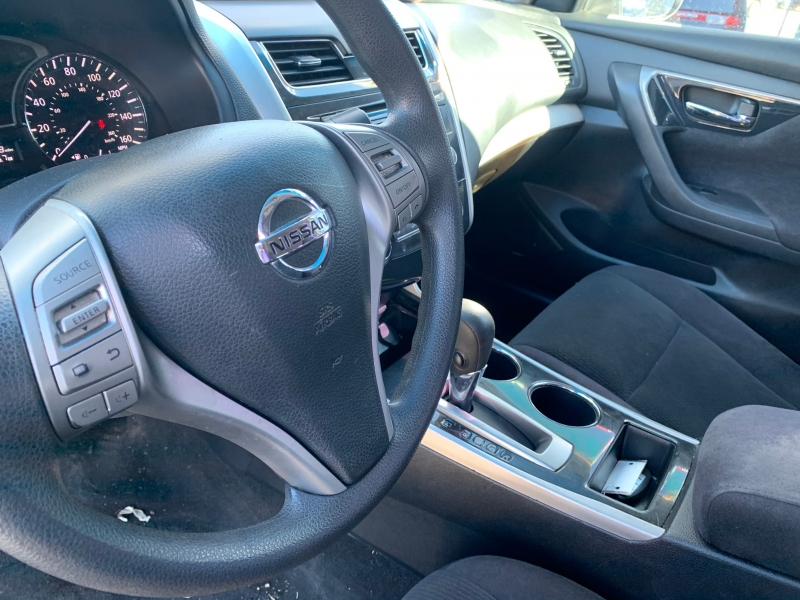 Nissan Altima 2013 price $10,499