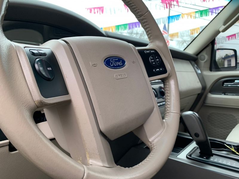 Ford Expedition 2011 price $14,999