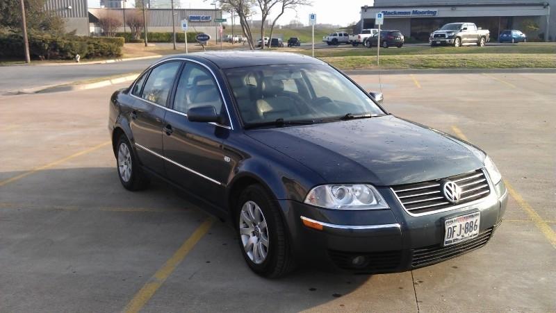 Volkswagen Passat 2002 price $4,995