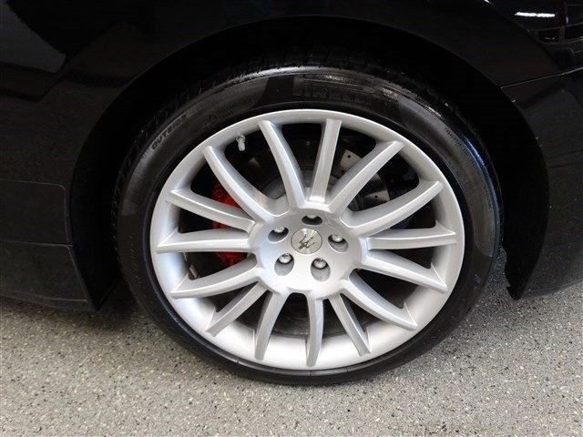 Maserati GranTurismo Convertible 2011 price 41,999