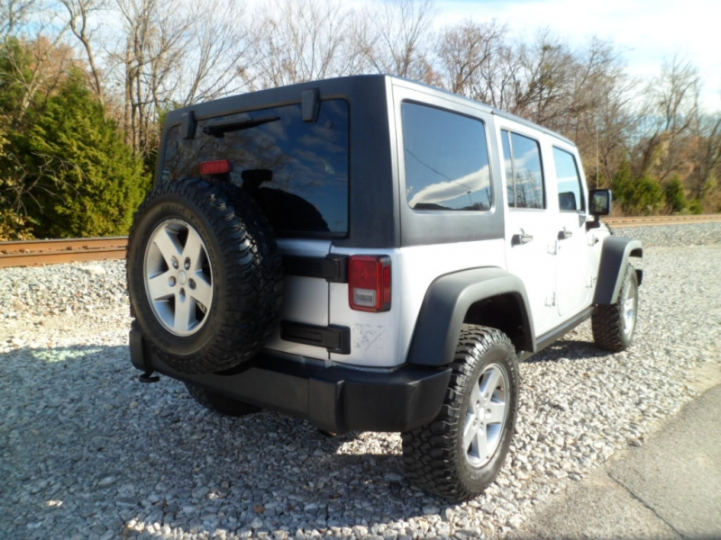 Jeep Wrangler Unlimited 2011 price $19,997