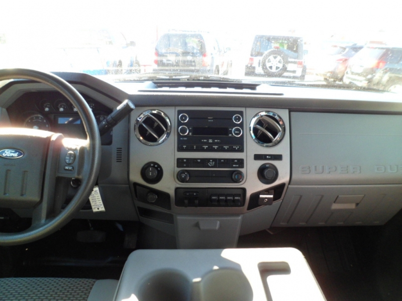 Ford Super Duty F-250 SRW 2015 price $17,950