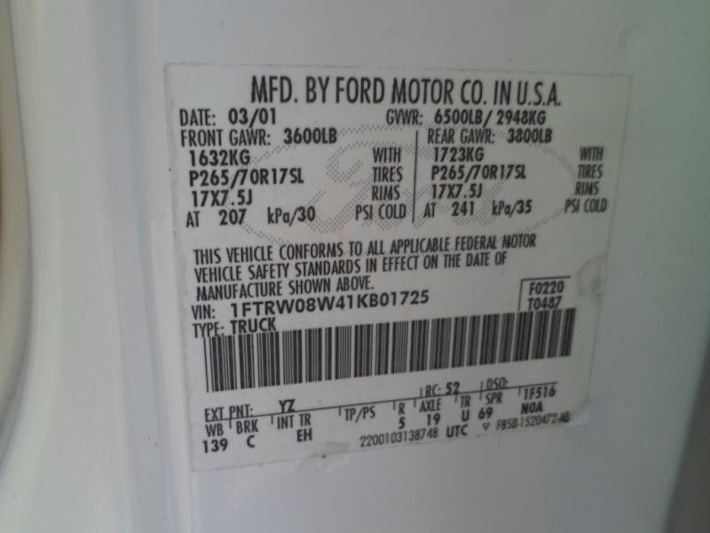 Ford F-150 SuperCrew 2001 price $6,995