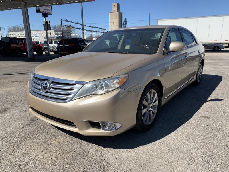 Toyota Avalon 2011 price $8,995