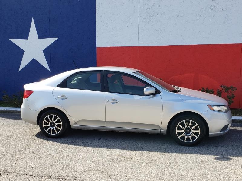 Kia Forte 2013 price $4,300