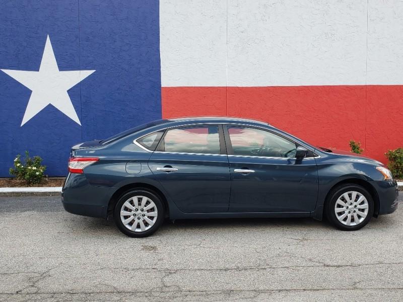 Nissan Sentra 2013 price $6,700