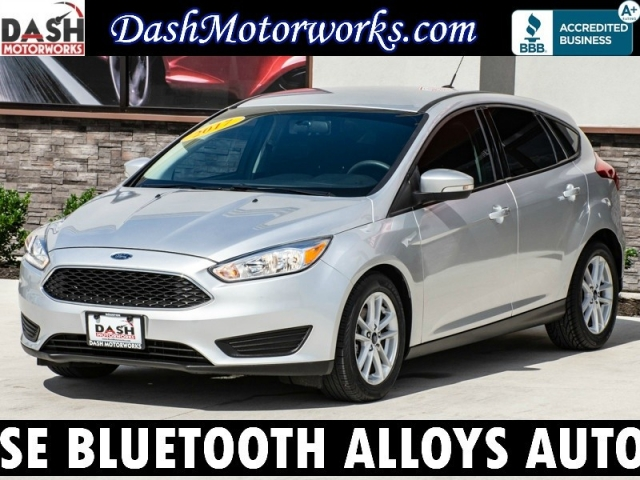 2017 Ford Focus SE Hatchback Camera Bluetooth Alloys Auto