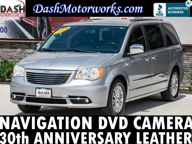2014 Chrysler Town and Country 30th Anniversary Navigation Camer